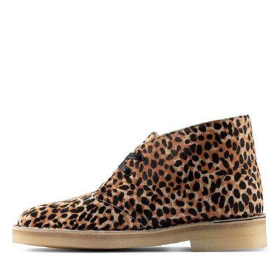 Desert-Boot-_Leopard-PRT-Pony_26154161_W5